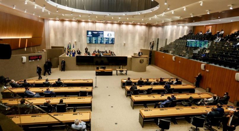 Assembleia Legislativa aprova projeto de lei que proíbe despejos na pandemia em Pernambuco