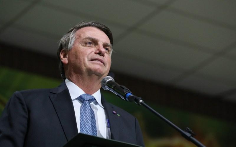 Bolsonaro deve decidir sobre prorrogação do auxílio emergencial nesta semana