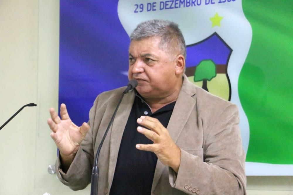 Vereador Zé Boi lamenta falta de água em Santa Cruz do Capibaribe
