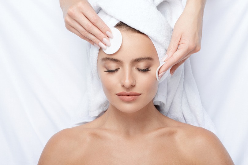 Dermatologista do SESI Saúde alerta para os cuidados com a pele no verão
