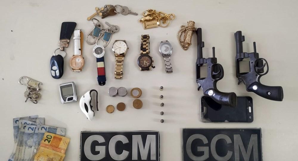 Indivíduo conhecido por roubar motocicletas com lençol na cabeça é novamente preso em Santa Cruz