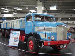 IFA fabricado em 1958, com motor de seis cilindros em linha que desenvolve 190 hp