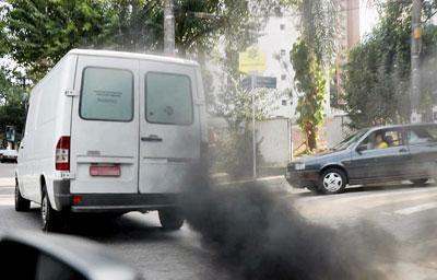 Combustível faz mais quilômetros por litro, mas tem excesso de enxofre, poluente que mata