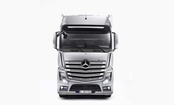 Mercedes-Benz Actros wins ?iF design award?