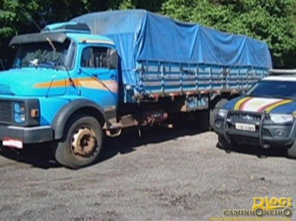 caminhoneiro autuado - policia rodoviaria