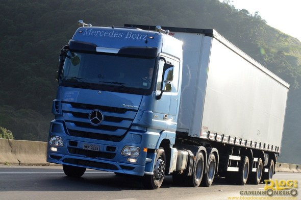 Linha Econfort 2014 - Mercedes-Benz Actros Axor Atego (5)
