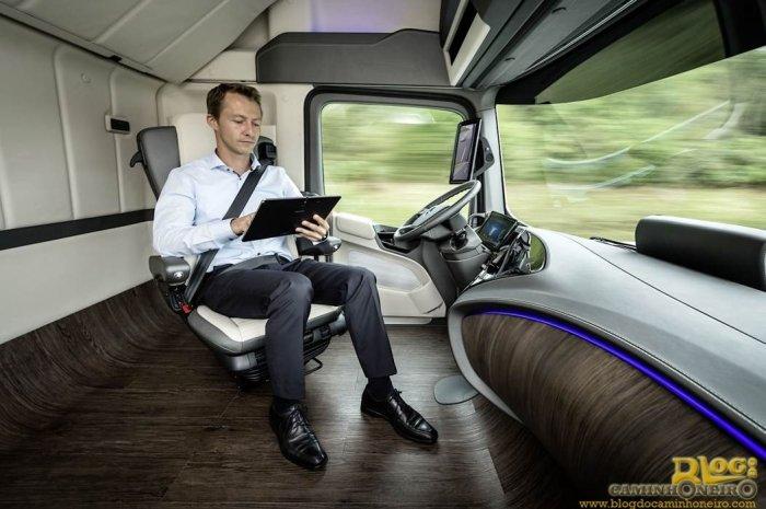 Mercedes-Benz revela o Future Truck 2025 (23)