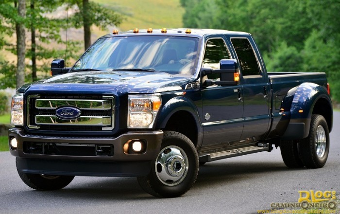ford_f-350_super_duty_king_ranch_crew_cab_2