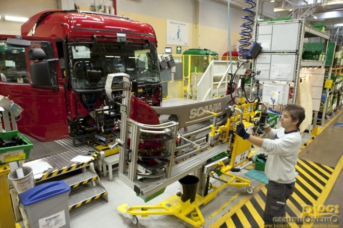 Linha de montagem Scania