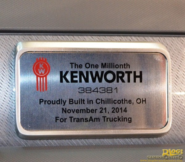 Kenworth T680 - One Millionth (3)