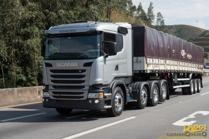 Scania R 440 8x2 de fabrica (4)