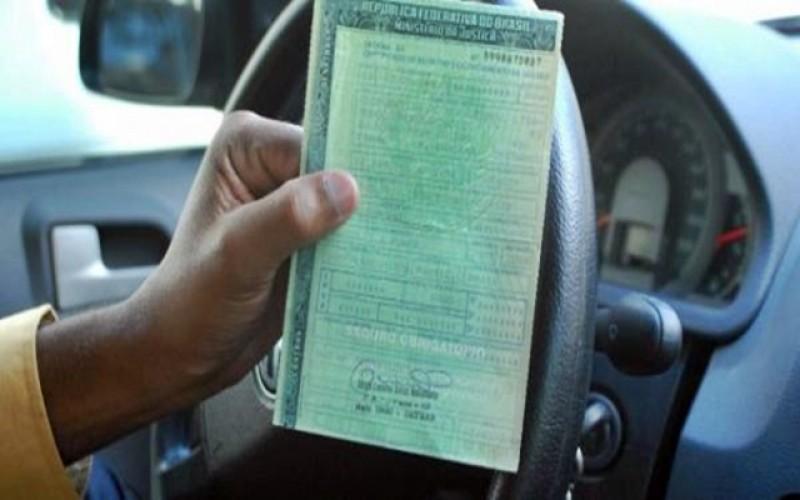 Projeto reduz custos para licenciamento de veículos