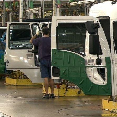 Ford segue vendendo caminhões novos, mesmo sem produzir no Brasil desde 2019