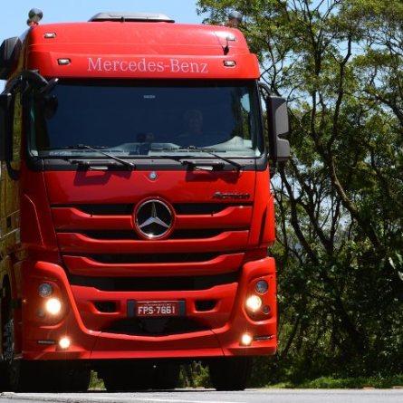 Actros 2651 é o modelo mais vendido em Julho