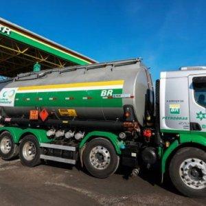 Petrobras reduz preço do diesel nas refinarias nessa sexta-feira
