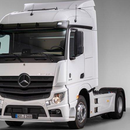 Mercedes-Benz apresenta novo Actros F na Europa, com cabine brasileira