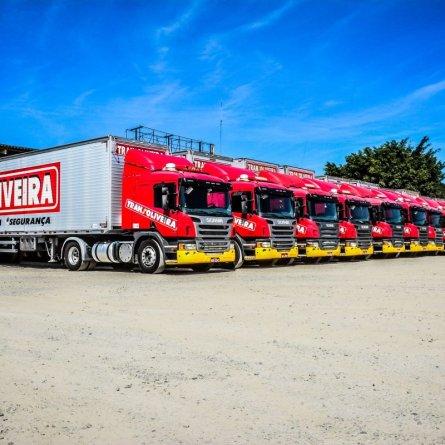 Transoliveira tem novas vagas para motoristas carreteiros em cinco estados