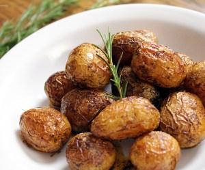 Batatas assadas com páprica