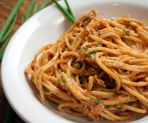 Espaguete com atum