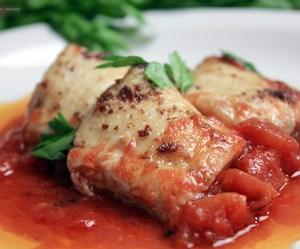 Filé de Peixe com Tomate e Aliche