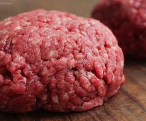 Sobre a carne moída