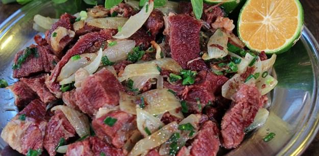 Carne Seca Acebolada