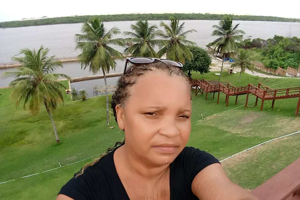 Mulher que mora em Fortaleza- CE faz apelo para reencontrar irmã que mora em Santa Helena- MA, elas não se vêem a quase 25 anos