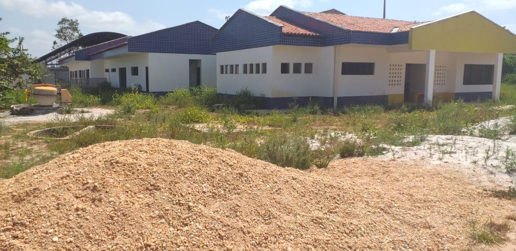 Pinheiro – Gestão Luciano Genésio paralisa obras de construção da creche do povoado Paraíso, e vigias ficam seis meses sem receber salários