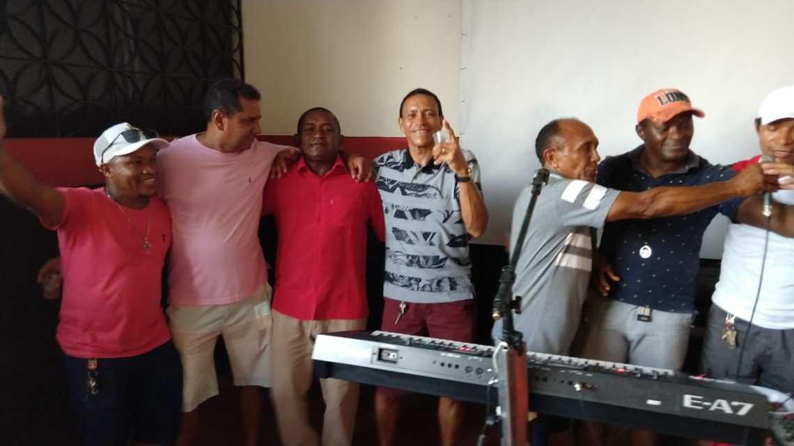 Ex-vereador Gilmar Soares é reeleito presidente da associação dos veteranos de futebol de Pinheiro