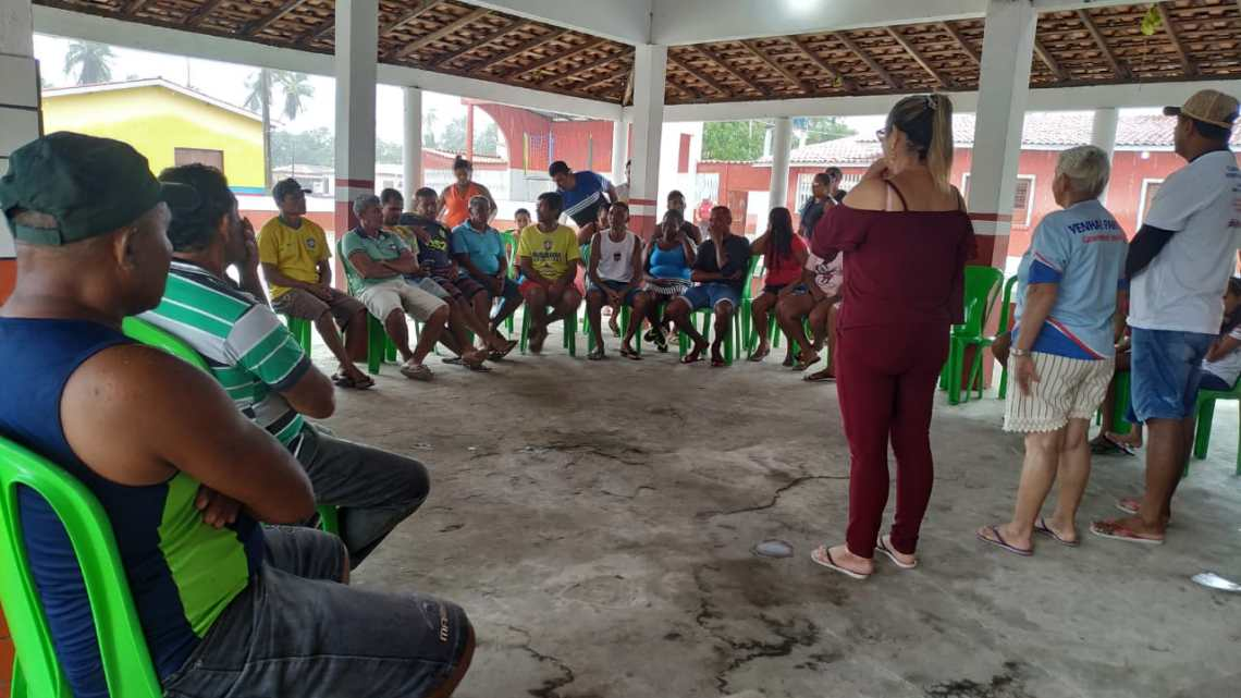 Cururupu – Vereadora Mulher Maravilha visita Praia de Guajerutiua e leva projeto Ouvidoria Itinerante para a Ilha de Valha- Me- Deus