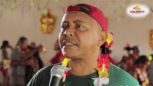 Enquanto falta combustível para transporte escolar, prefeito Luizinho Barros vai gastar quase 1 milhão de reais com o carnaval de São Bento