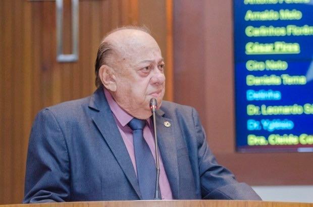 Urgente – Deputado estadual Zé Gentil morre aos 80 anos por complicações da covid-19