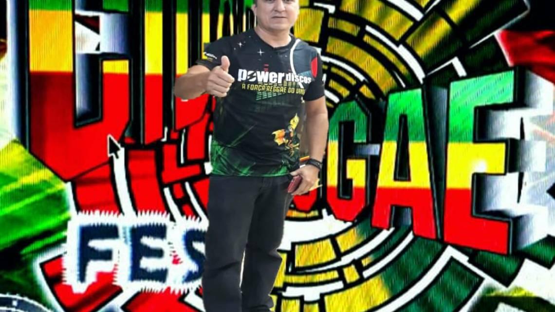 Apresentador Mister Wendel comunica volta do programa cidade reggae fest para esta segunda-feira (08)