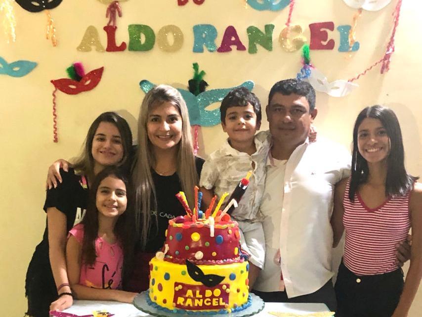 Porto Rico do Maranhão/ Pré-candidato a prefeito Aldo Brown faz homenagem a todos os pais