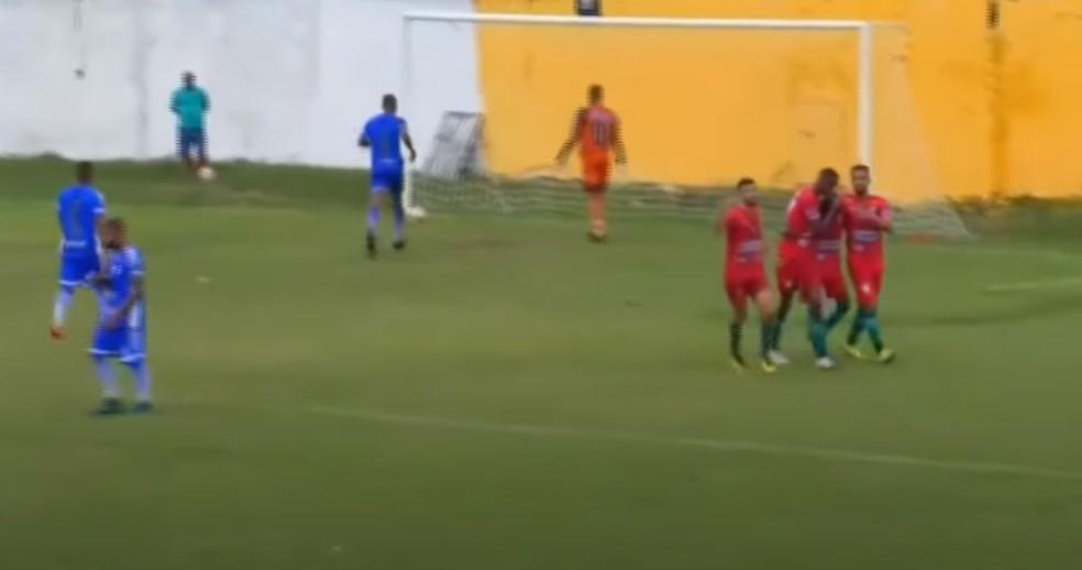 Na cola do líder – Pinheiro atropela o Bacabal e segue com 100% no Maranhense