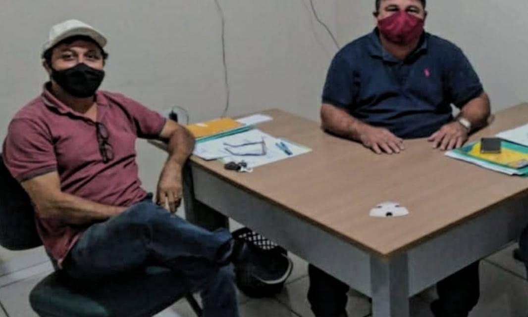 Vereador Riba do Bom Viver reúne-se com secretário de segurança, e solicita instalação de câmeras de monitoramento nas ruas de Pinheiro