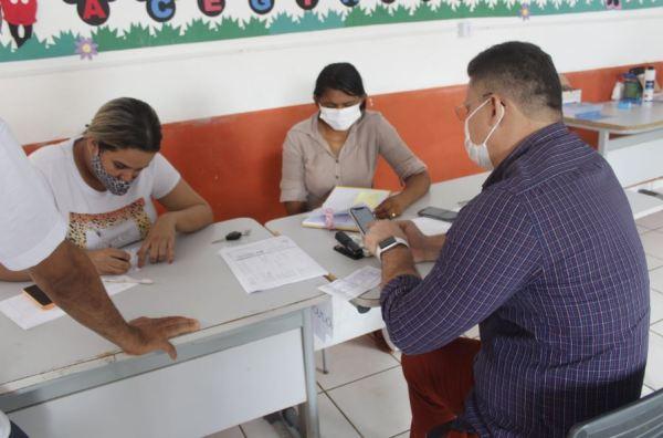 Em Santa Helena, Vereador Braz Amaral visita Centro de Imunização contra a Covid-19 do Município