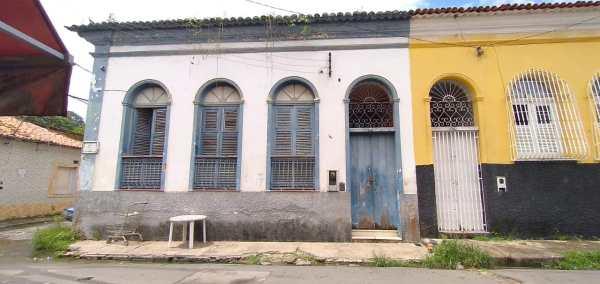 Santa Helena – Vereador Braz Amaral, denuncia descaso e abandono do governo Zezildo com a casa de apoio a saúde em São Luís