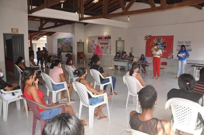 Secretaria de Assistência Social realiza entrega de 100 cartões do programa vale gás, em Porto Rico do Maranhão