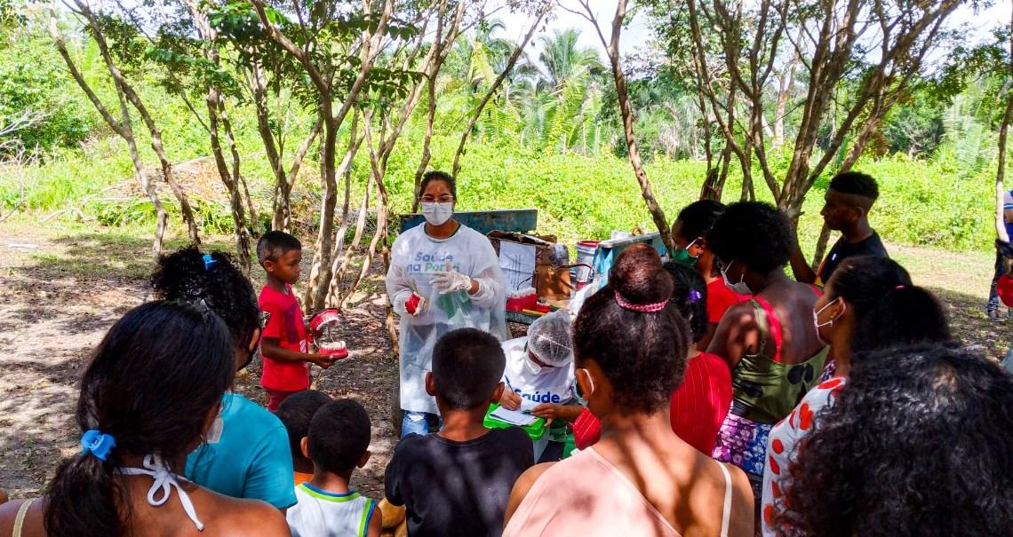 """Prefeitura de Serrano do Maranhão leva programa """"saúde na porta"""" ao povoado São Benedito, e oferece atendimentos em várias especialidades para os moradores, veja"""