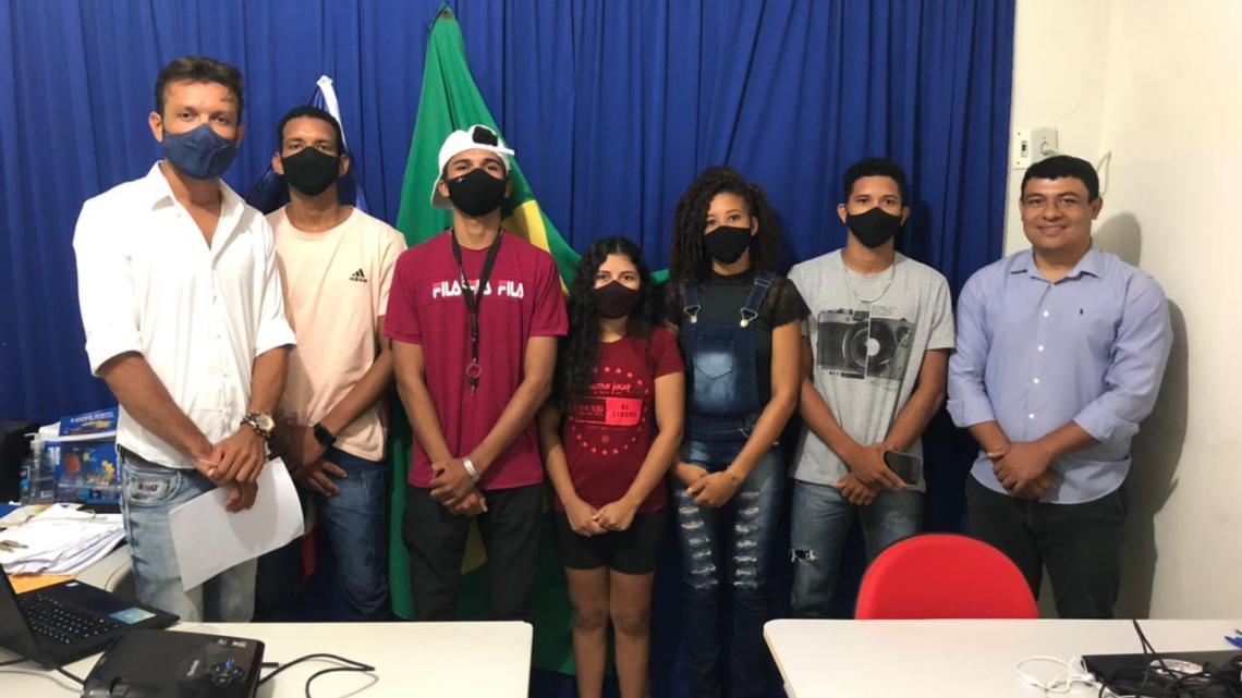 """Porto Rico do Maranhão – Estudantes aprovados no programa """"Agente Jovem Ambiental"""" são empossados nesta segunda-feira 09"""