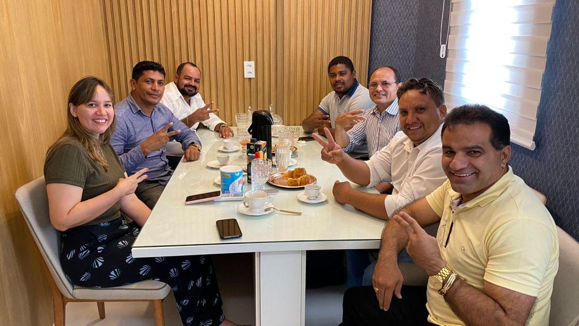 Alcântara – Vereadores se reúnem com casal de deputados Josimar Maranhãozinho e Detinha, em busca de benefícios para o Município