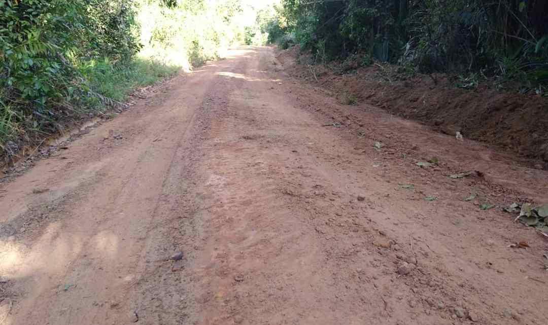 Prefeito Pe. William atende solicitação de vereadores, e serviços de melhoramento de estradas vicinais são iniciados em vários povoados de Alcântara