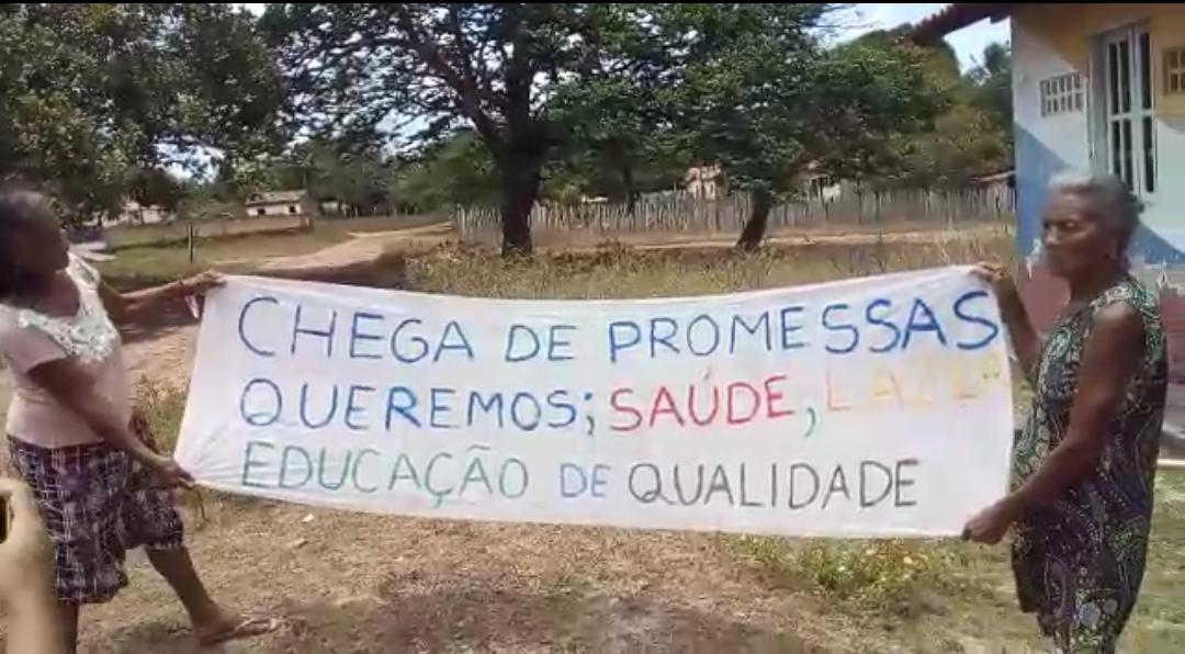 Mirinzal – Gestão desastrosa do prefeito Amaury Almeida, obriga moradores do povoado Santiago realizarem ato de protesto neste sábado (11), veja