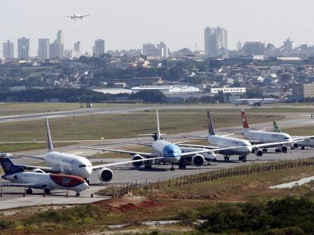 EUA permite voos do Brasil