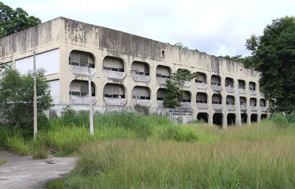 Governo do Estado doa Cieps à Prefeitura de Niterói