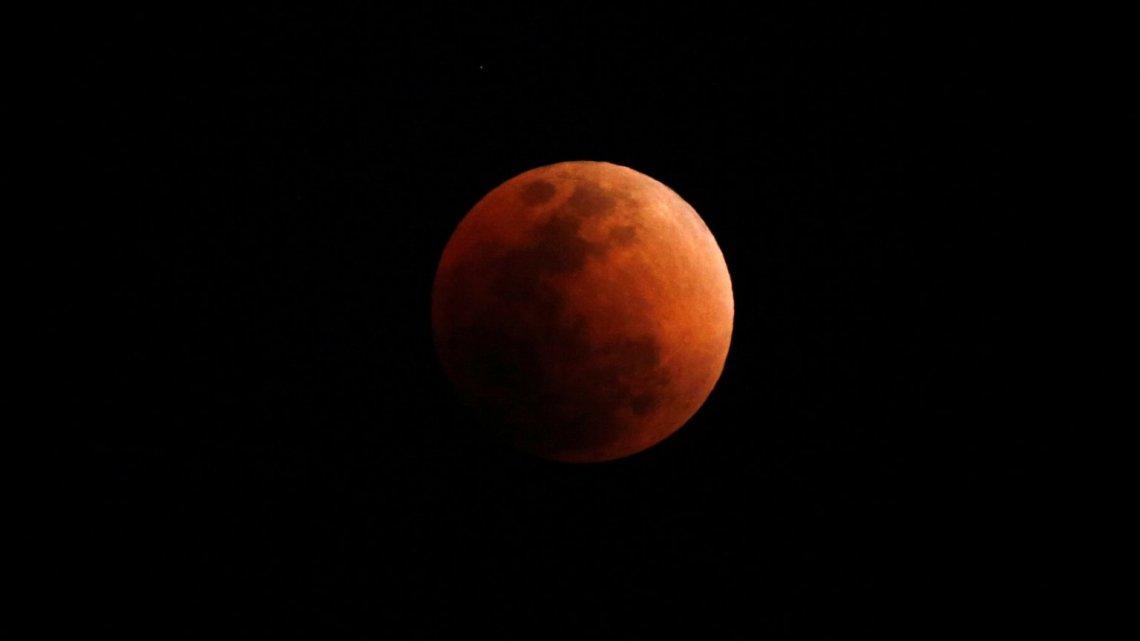 A 'super blood woolf moon' está chegando