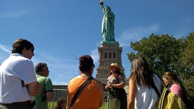 Guias de turismo terão restrições na Estátua da Liberdade