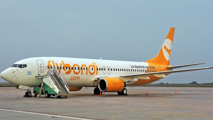 Flybondi inicia operações e barateia viagens para a Argentina
