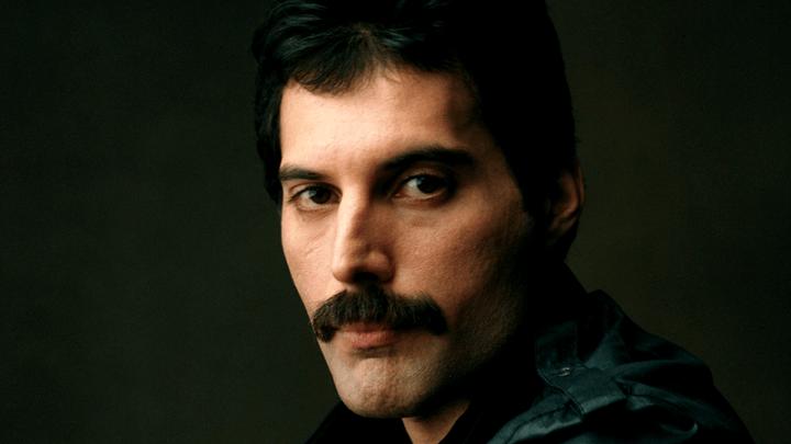 Freddie Mercury vai ganhar caixa com material da carreira solo